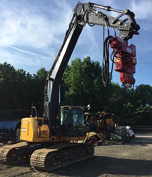 John Deere 225D Crane Rigging