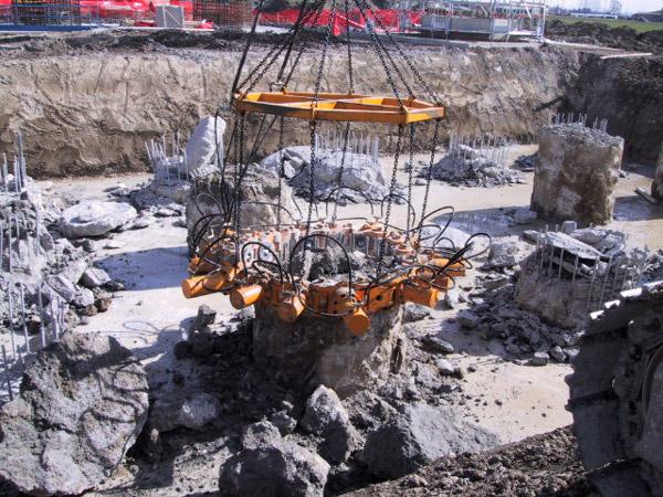 Taets Type 380 Pile Breaker