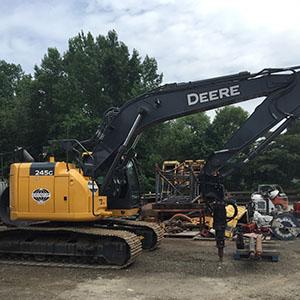 John Deere 245G Crane